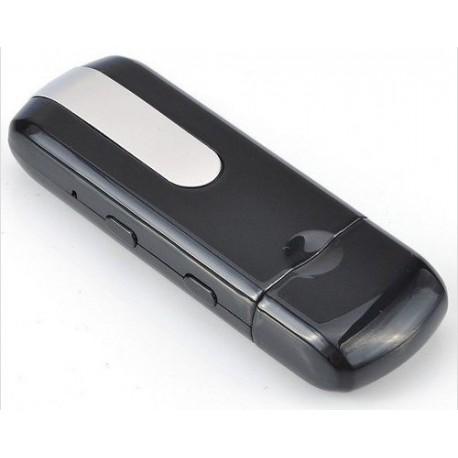 Pendrive Espião com Câmera Espiã (Filma / Tira Fotos e Possui Sensor de Movimento) - 16 GB